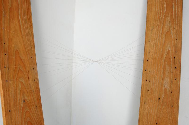 skis detail